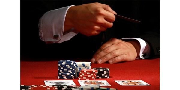 Trik Curang Membaca Kartu Poker Milik Lawan