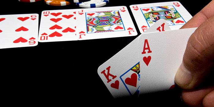 Tips Terhindar Dari Kekalahan Dalam Judi Poker